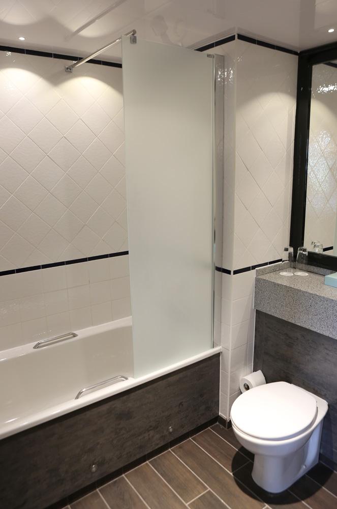 Bathroom in standard rooms