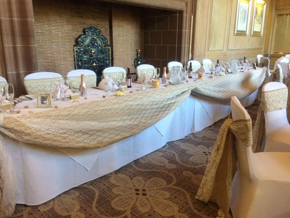 Head Wedding Table