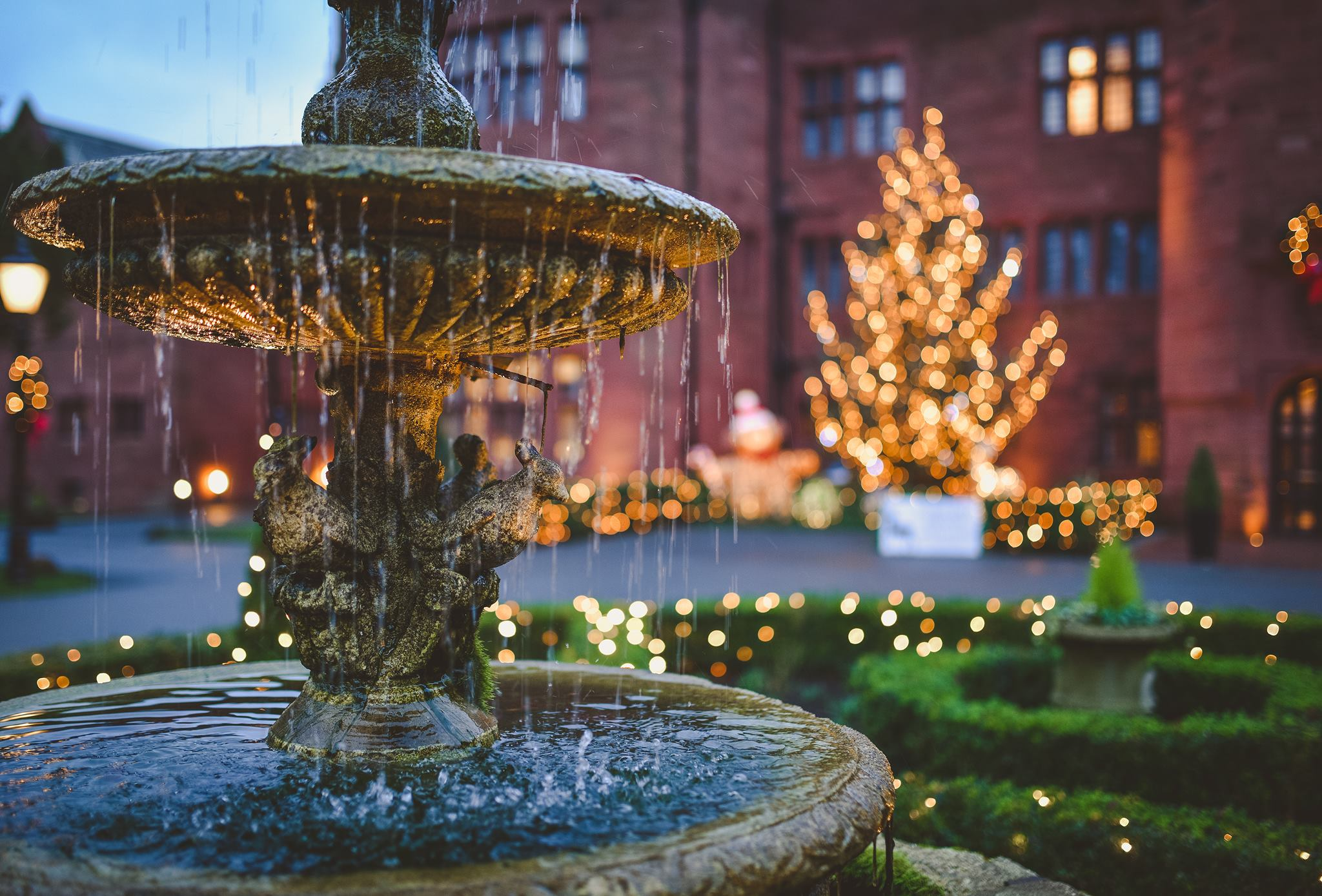 Fountain At the front of the Hotel